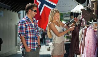 Shopping i Lillehammer, FjellNorge. - Foto: Terje Rakke/ Nordic Life
