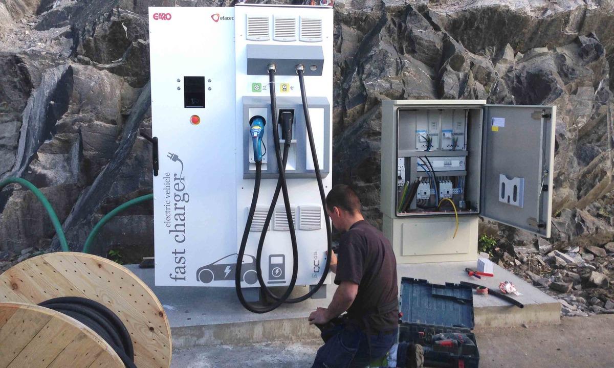 CHAdeMO-hurtiglading økes til 150 kW, prater om 350