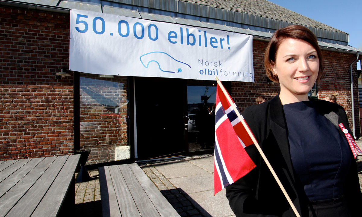 Norway celebrating EV No. 50,000!