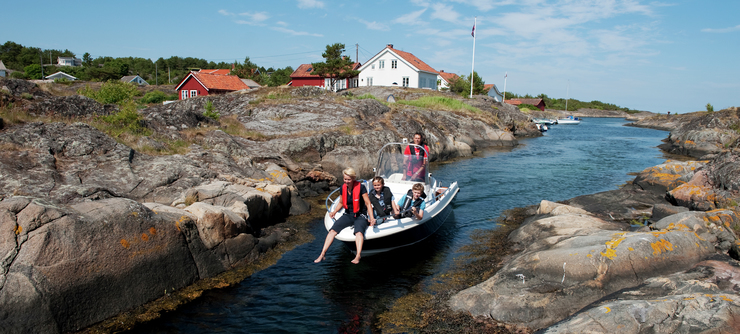 Take a boat trip through the scenic archipelago of Risør - Photo: Terje Rakke, Nordic life, Visit Norway