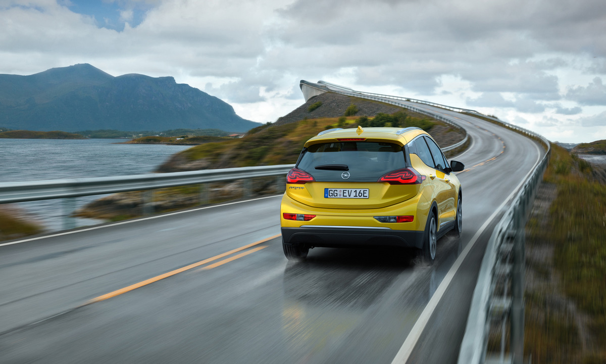 Opel Ampera-e skal kunne gå nærmere 40 mil