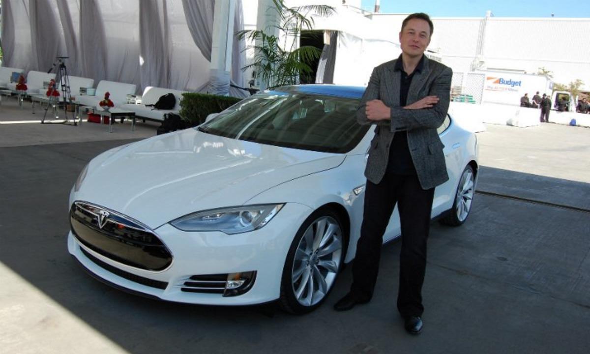 Model 3: Blir prisen helt gjennomsnittlig?