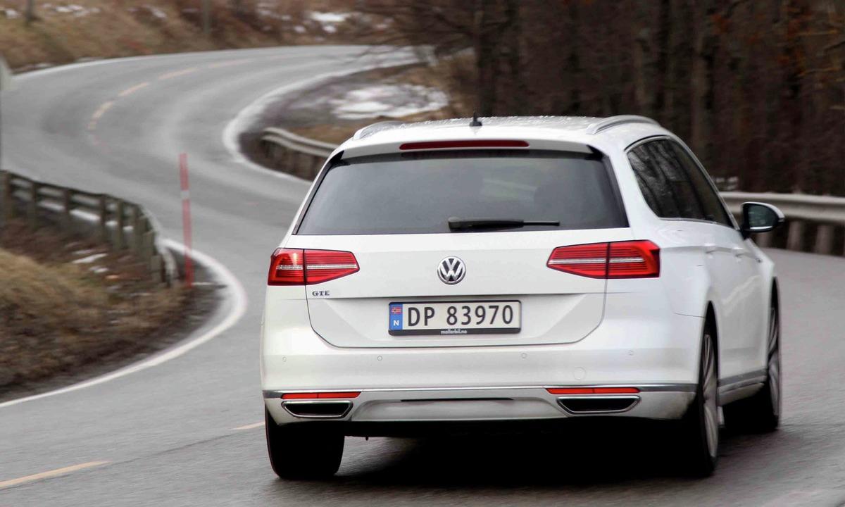Test av Volkswagen Passat GTE: Klarer 50 kilometer som elbil