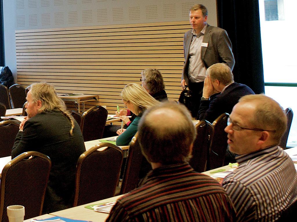 Menneske i ein forelesningssal. Foto: Oskar Andersen