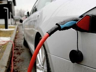 Det tekniske utstyret du bruker med elbil