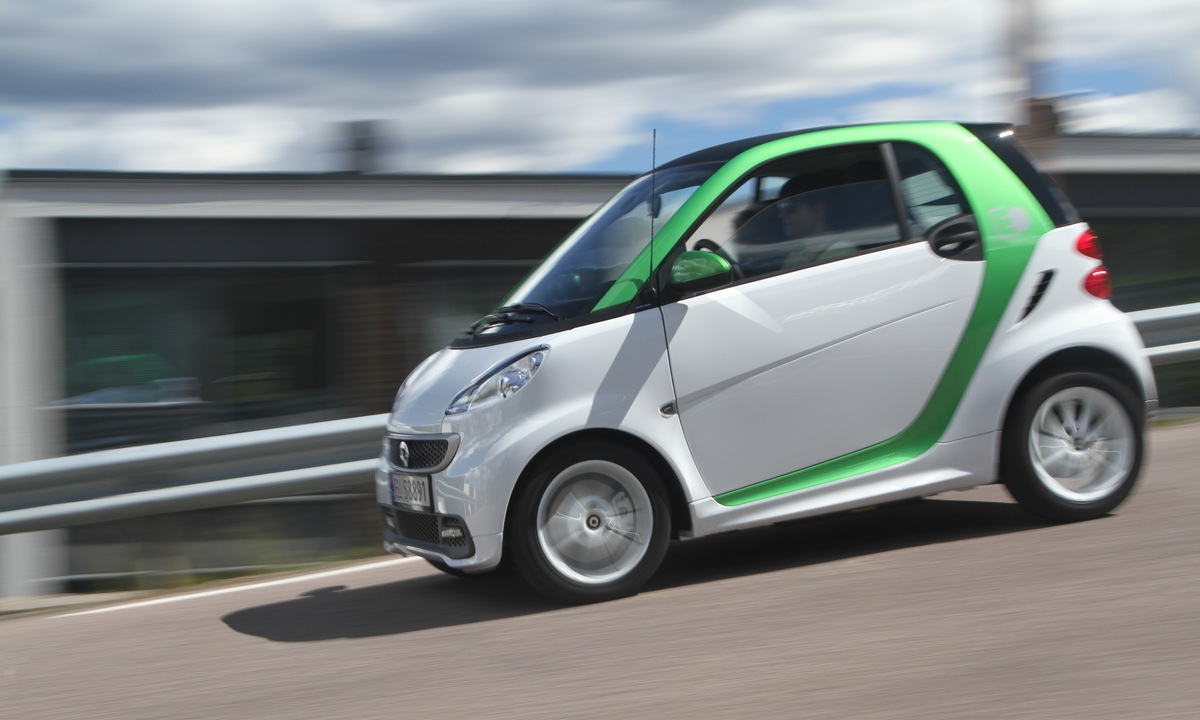Test av Smart ForTwo Electric: Liten og lett å bli glad i