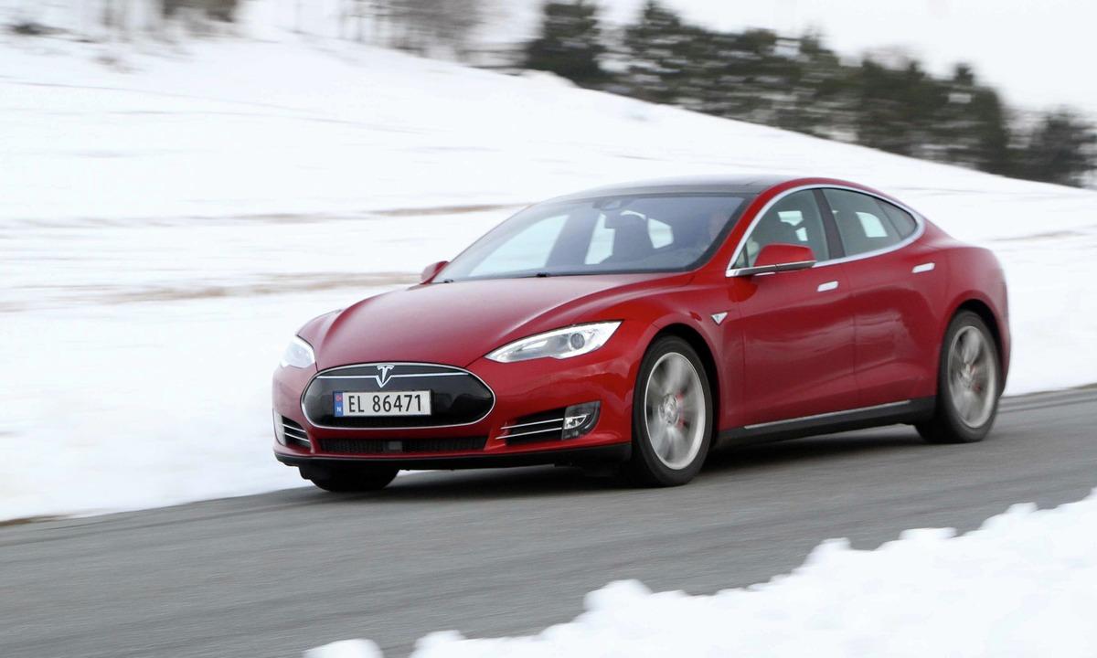 Test av Tesla Model S P90DL: En skikkelig drømme-elbil