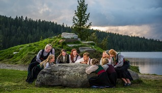 The historical Peer Gynt came from the Gudbrandsdalen valley, where he was known as the local storyteller - Photo: Arne Hernæs/Peer Gynt as