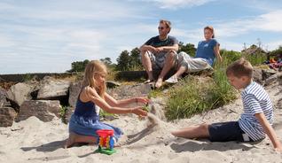 Ta med hele familien på stranda - Foto: Peder Austrud, Visit Sørlandet