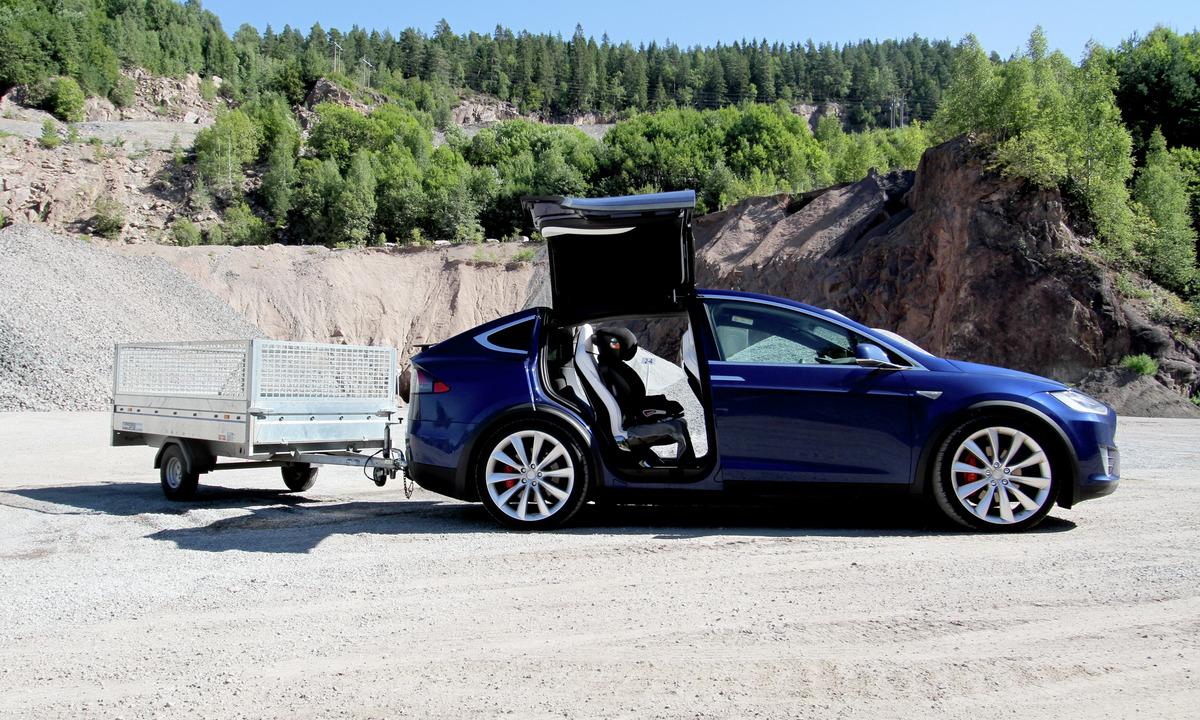 Prøvekjøring: Tesla Model X vil få mange nye tilhengere