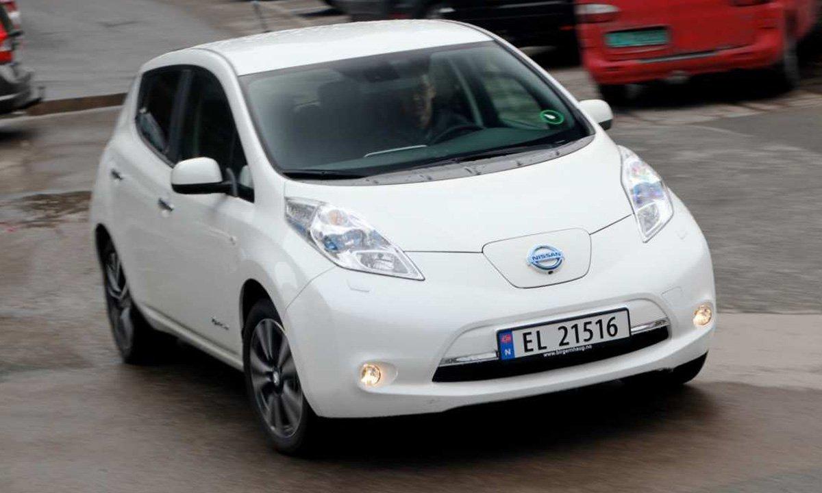 Nissan LEAF kåret til årets miljøbil i USA