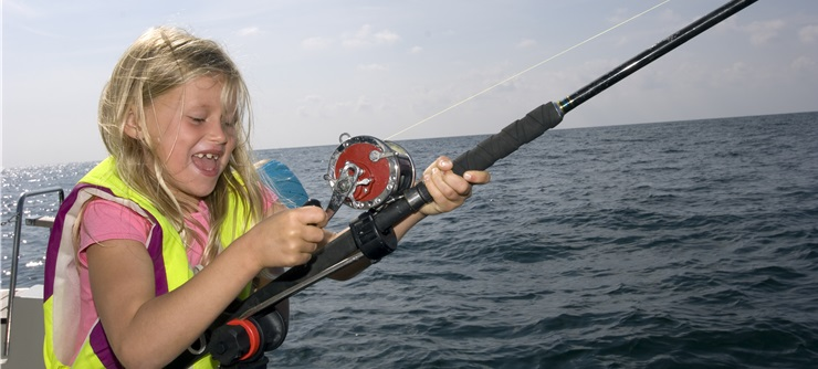 Try fishing with the kids in Southern Norway - Photo: Johan Wildhagen - Visitnorway.com