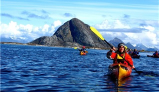 Rocks'n Rivers in Meløy takes you along on evening kayak trips during the summer season. - Photo: Rocks´n Rivers
