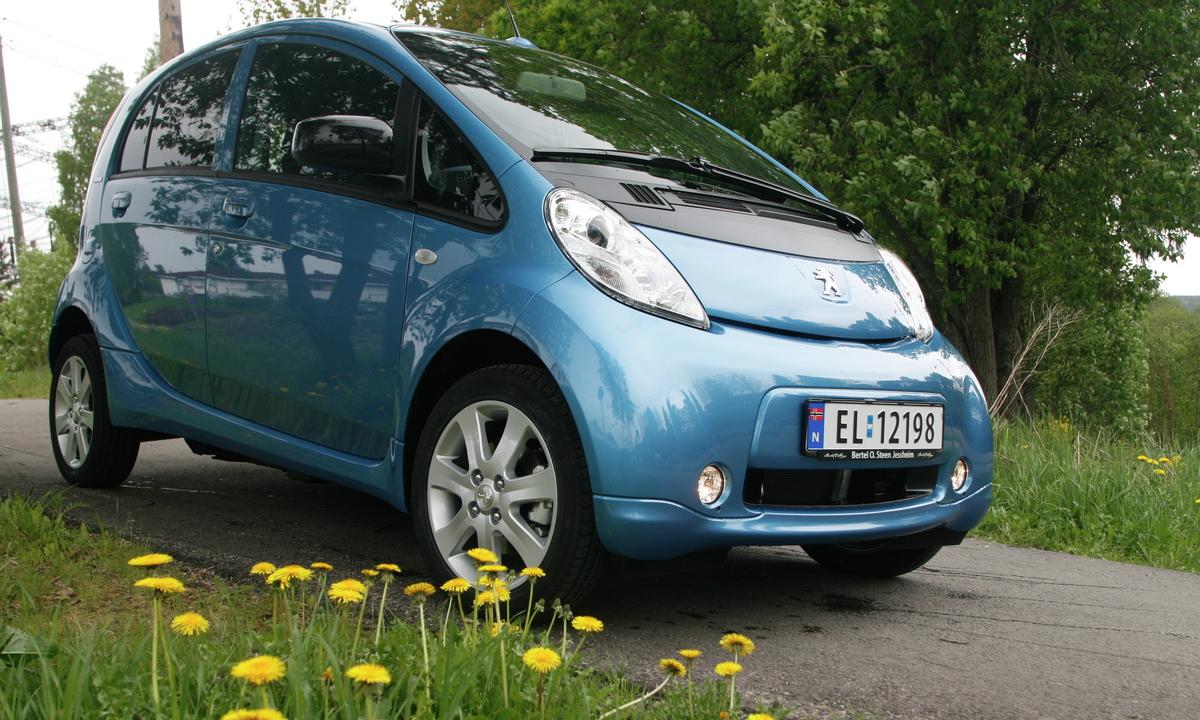 Peugeot iOn / Citroën C-Zero