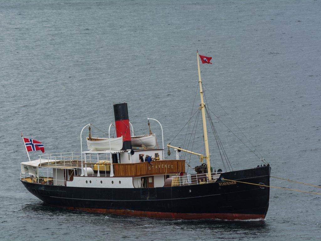 Foto av veteranbåten DS Stavenes.