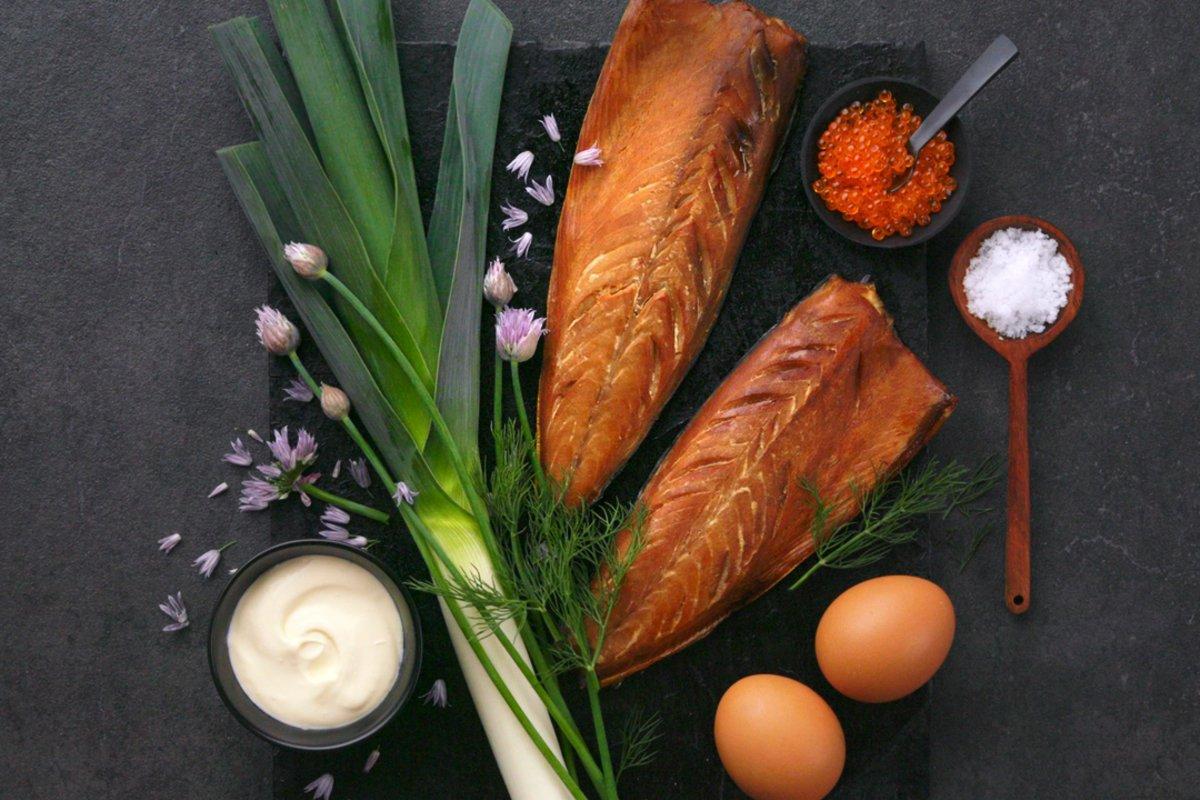 varmrøkt makrell fra reinhartsen er merket med spesialitet - merket for lokalmat i særklasse