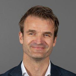 Knut  Ekern