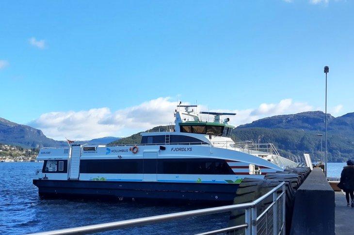 Hurtigbåt i Ryfylke