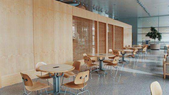 empty cafe.