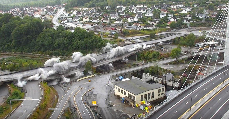 Riving av betongbruer i Larvik