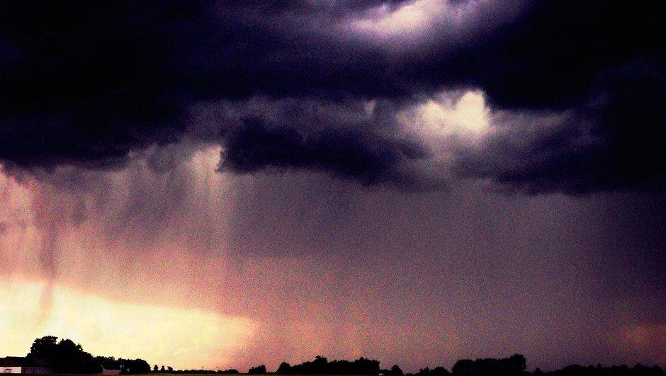 Возместить ущерб от грозы и шторма поможет страхование