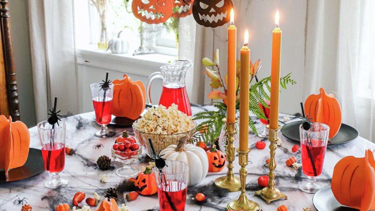 Dekk på til Halloweenfest