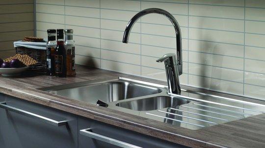 En kjøkkenbenk i laminat krever lite vedlikehold.
