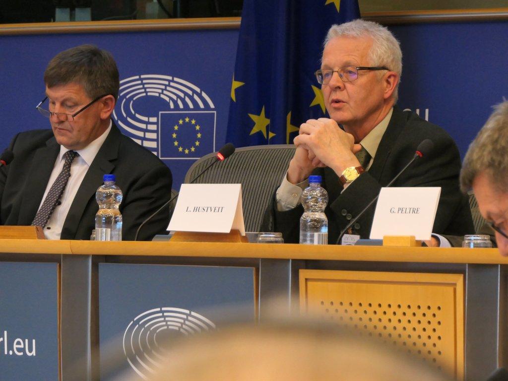 Lars Hustveit ved paneldebatten