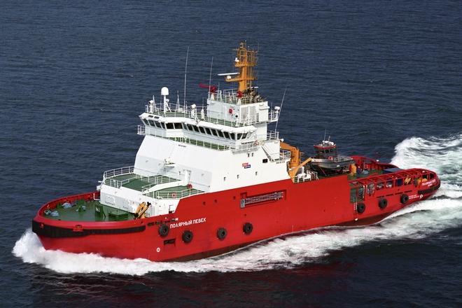 Polar Pevek ice-breaking tug boat