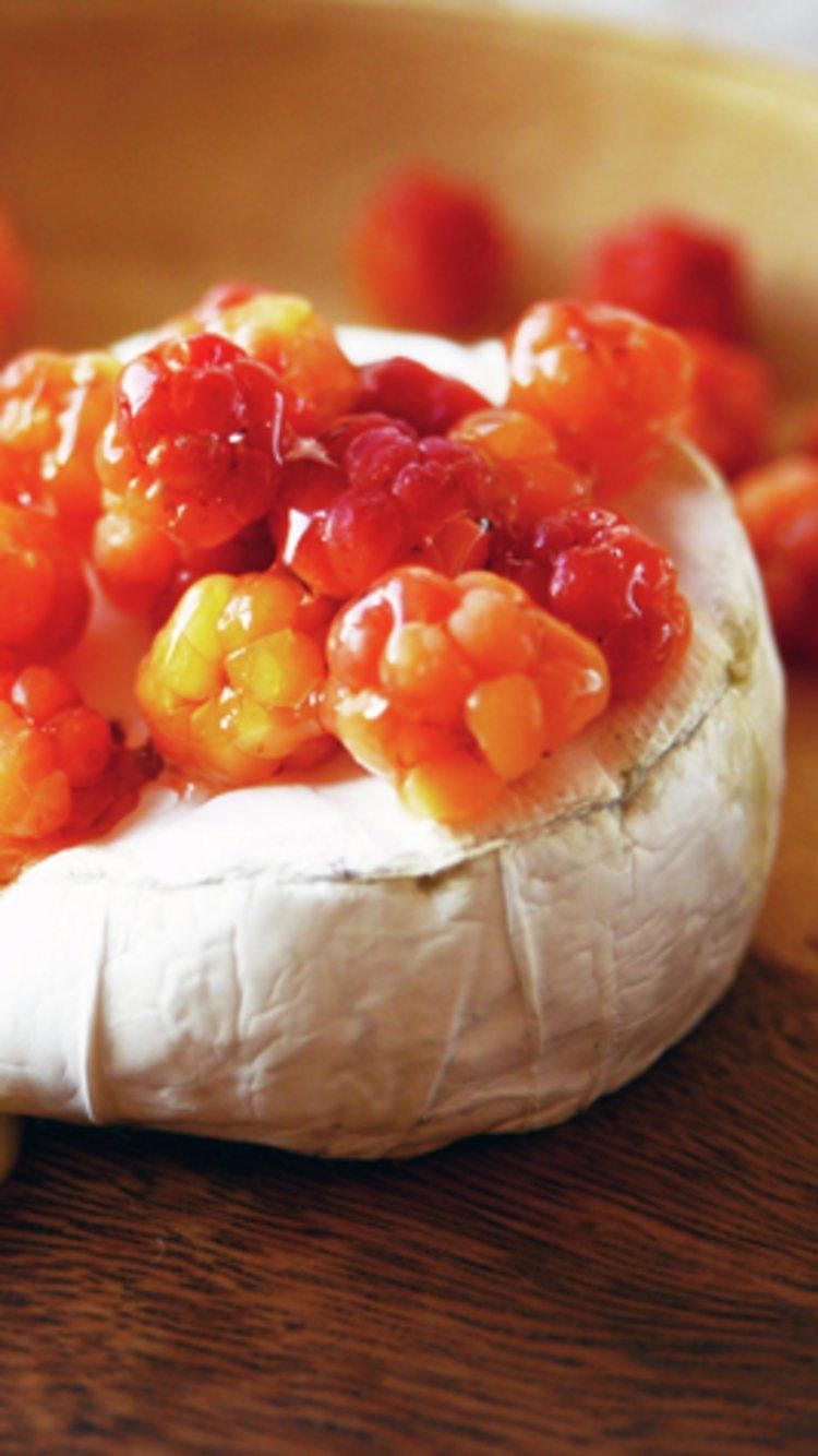Brie med multer. Foto: Matmerk