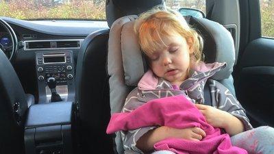 Barn i bilbarnstol