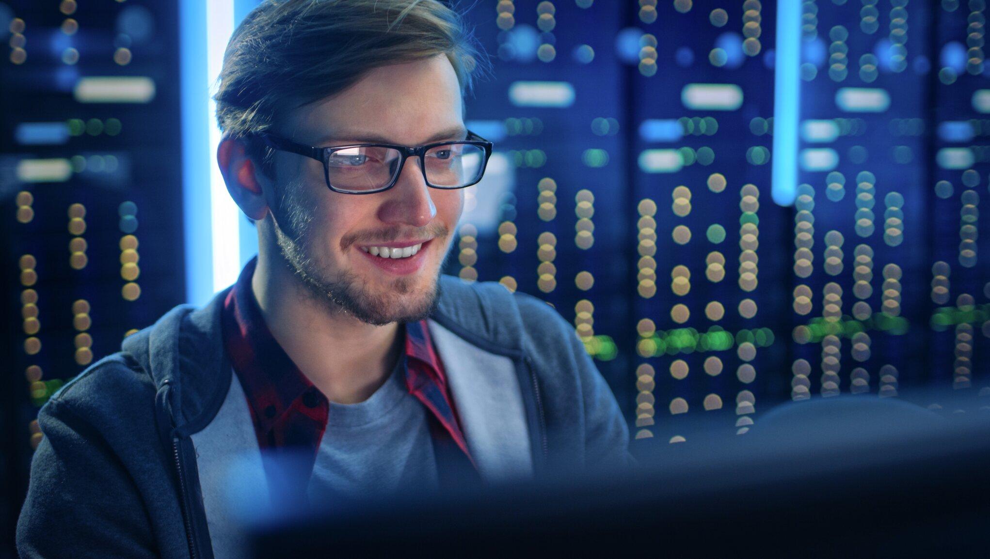 Det er vigtigt, at du beskytter din virksomhed mod hackere, malware, phishing og ransomware