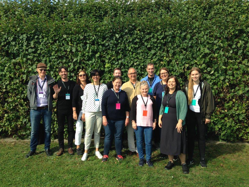 Fylkesvaraordførar Åshild Kjelsnes og dei andre konferansedeltakarane frå komande Vestland fylke.