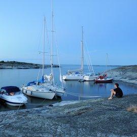 Båtar i naturhamn
