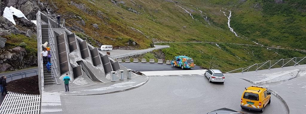 Utsikten på Gaularfjellet. Eit utsiktspunkt på den nasjonale turistvegen over Gaularfjellet