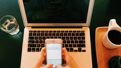 dator och mobiltelefon
