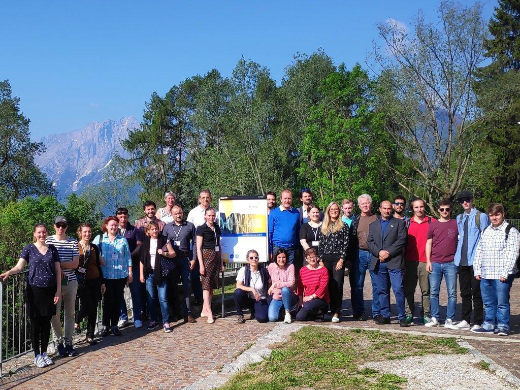 Foto av prosjektdeltakarane i EU-prosjektet P-IRIS på studietur til Italia.