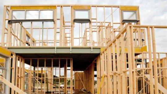 Reisverk av hus bygget med precut