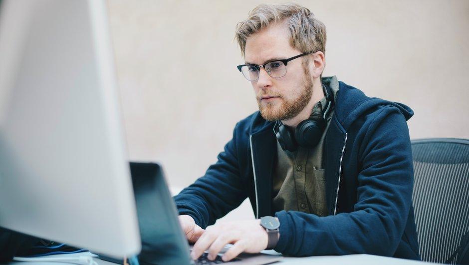 Start på internettet, når du vil sammenligne erhvervsforsikringer