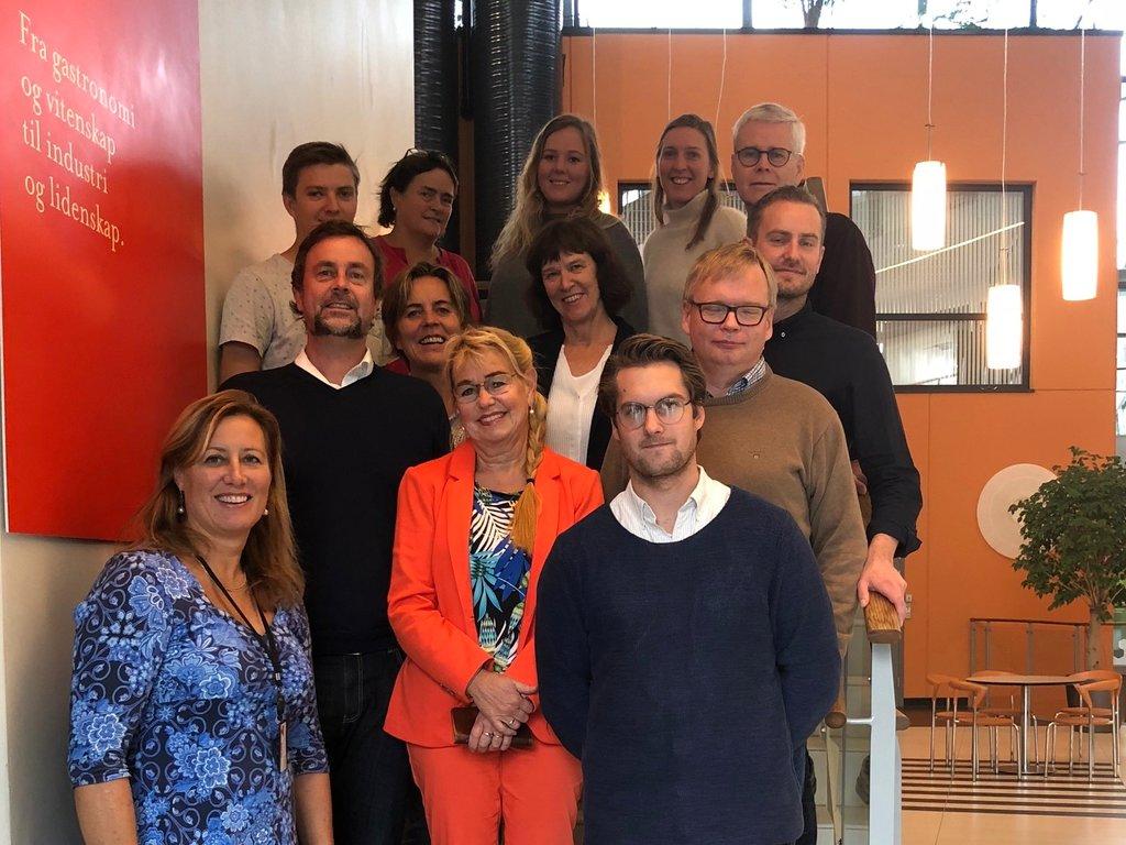 Gruppebilete av Fylkeskommunalt nettverk for entreprenørskap, som var samla i Stavanger i september 2018.