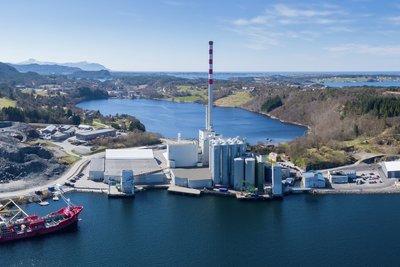 Fôrfabrikken på Averøy. Foto: Skretting/Heine Schjølberg