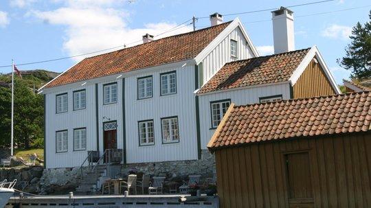 NATURSTEIN: Hent inspirasjon fra gamle natursteinsmurer. (Foto: Kristian Owren/ifi.no)