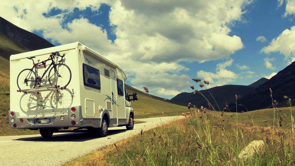 Husbil i Alperna