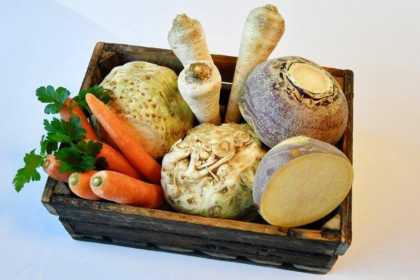 Norske rotgrønnsaker, gulrot, kålrot, sellerirot og persillerot