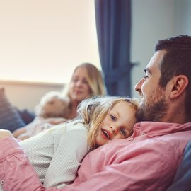 glad familj