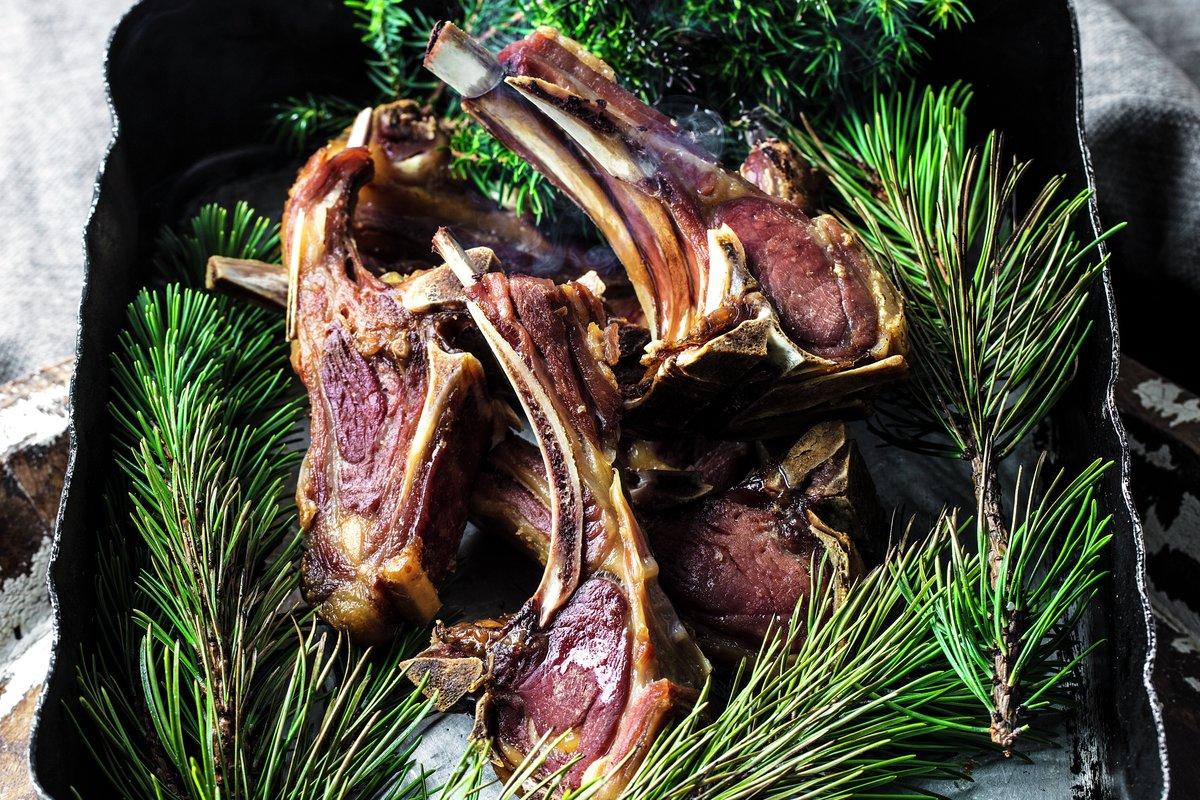 Pinnekjøtt er nydelig norsk julemat.