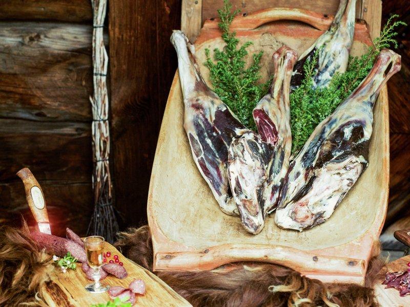 Rondane gardsmat lokalmat fenalår av gammelnorsk spælsau tildelt spesialitet werner anderson