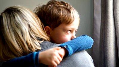 Trösta ledset barn