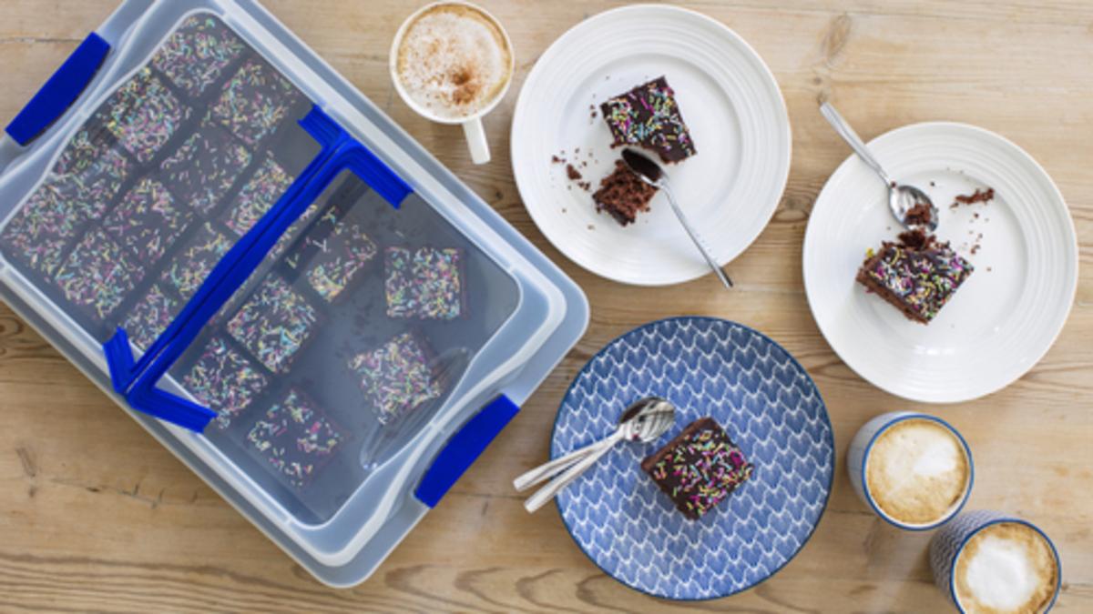 Sjokoladekake i langpanne med lokk